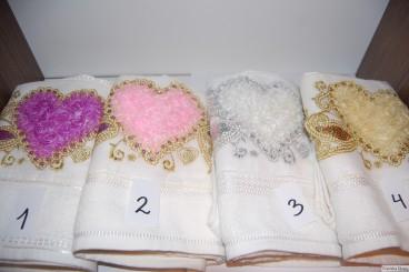 Ręczniki zdobione